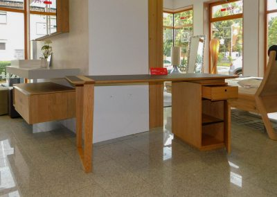 Schreibtisch aus Eiche mit Linoleum-Arbeitsplatte