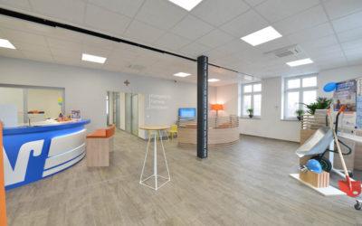 Moderner Innenausbau der Volksbank Filiale in Hohentengen